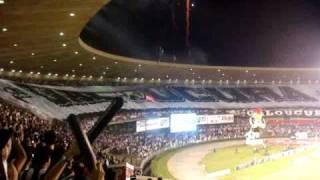 entrada do galo em campo - Atletico MG 3 x 2 Santos - Copa do Brasil 2010 28/04/2010