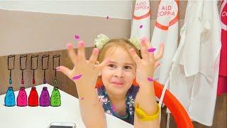 Алина идёт в Минополис Играем в сюжетные игры Развлечения для детей
