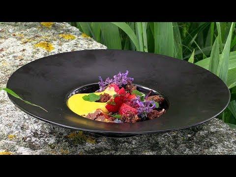soupe-de-fraises-à-la-menthe-sabayon-au-yuzu-sucre-de-coco-[recette-minceur-par-chef-diÉtÉtique]