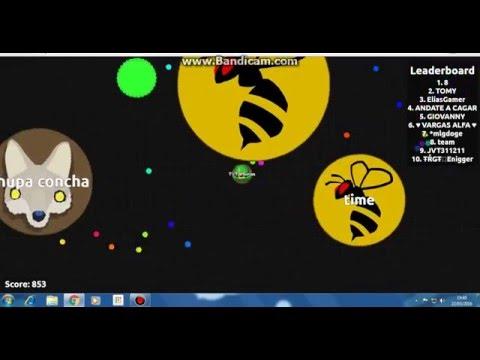 gameplay agario bot com o nome de agar-lvlgen