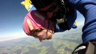Tandemsprung von Stephanie bei skydive nuggets in Leutkirch