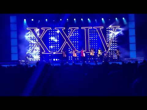 24k magic live at the forum LA concert by Bruno Mars