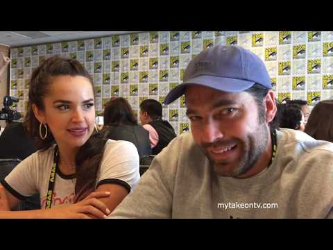 SDCC 2017: WYNONNA EARP's Tamara Duarte and Tim Rozon p the rest of S2