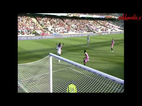 Bafétimbi Gomis- Welcome to Newcastle United