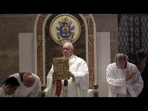 Papa Francis Filipinler'de yoksullukla...