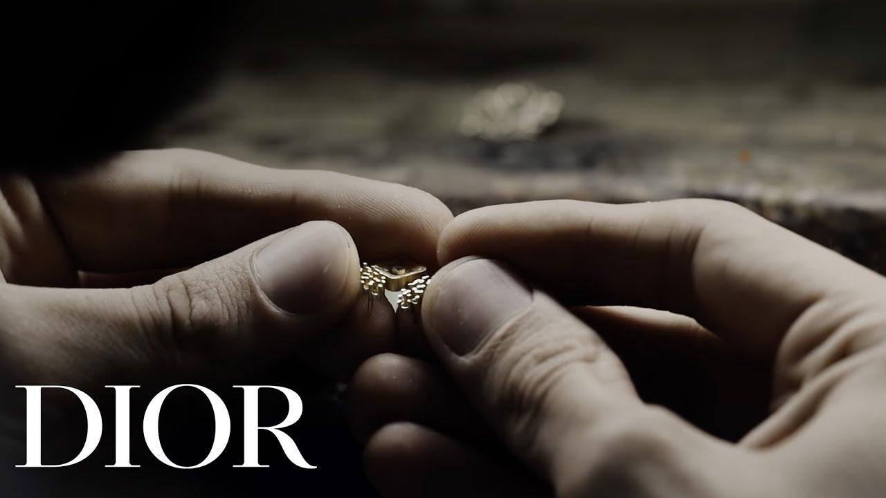 'Dior at Versailles, gizli parçalar' Koleksiyonunun arkasındaki uzmanlık