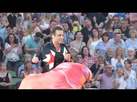 Robbie Williams | Love My Life / Stuck On A Glove | The Aviva | Dublin 17/6/17