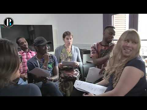 Refugiados LGBTI reciben clases de español en Buenos Aires