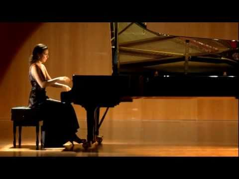 Cristina Casale plays Rachmaninov G sharp minor Prelude Op. 32 No. 12