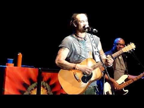 Michael Franti & Spearhead 8 12 2012