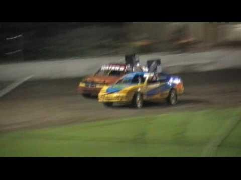 Stockers Feature - Lismore Speedway - 13.01.17 - dirt track racing video image