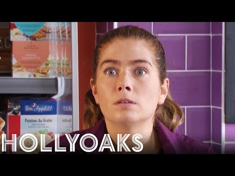 When You're Caught Stealing | Tonight 6.30pm on Channel 4 | Hollyoaks