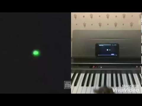 Jonny Quest Theme On Piano Thru Google Glass
