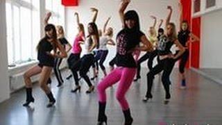 Танцы для начинающих клубные видео