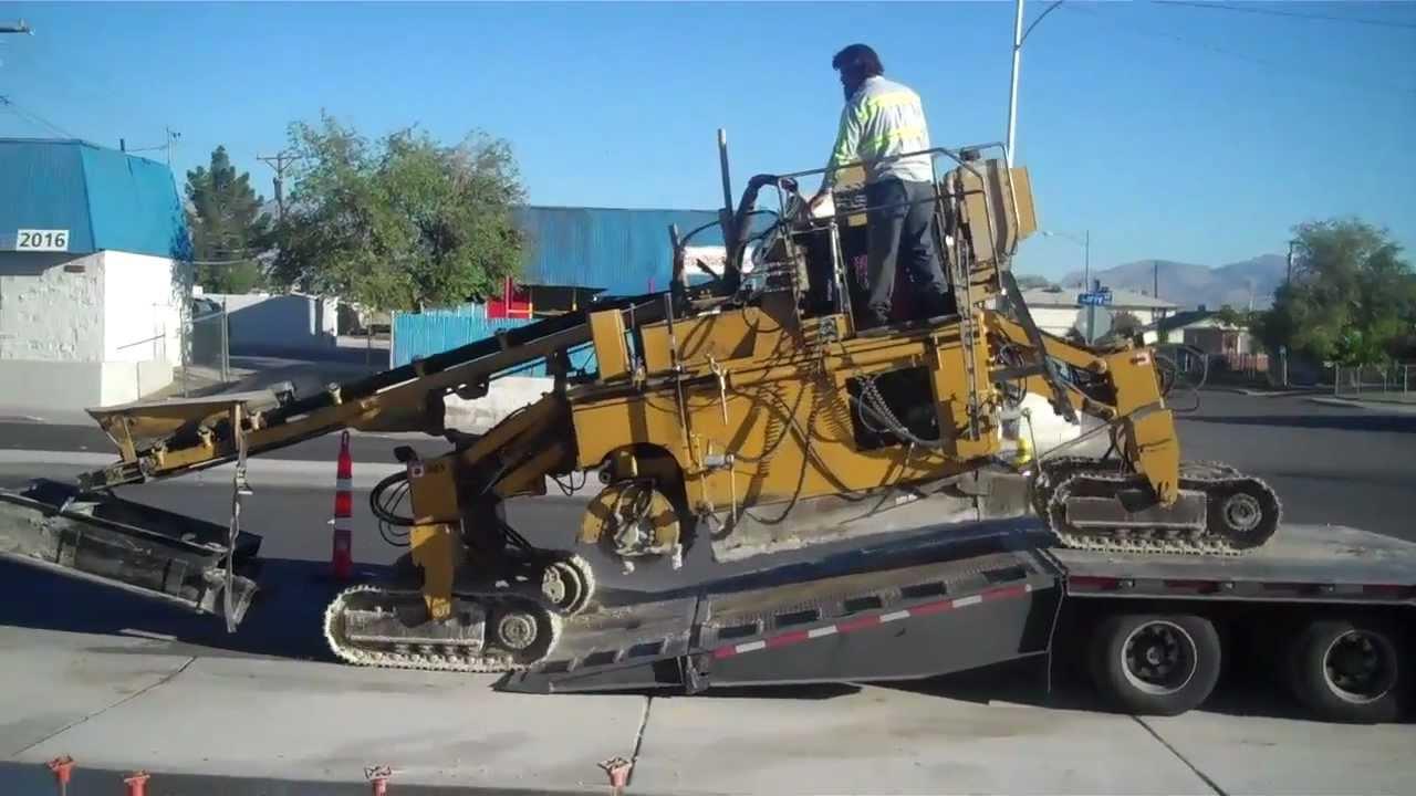 easi pour curb machine