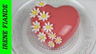 Муссовый  клубничный торт. Торт Сердце ко дню Святого Валентина