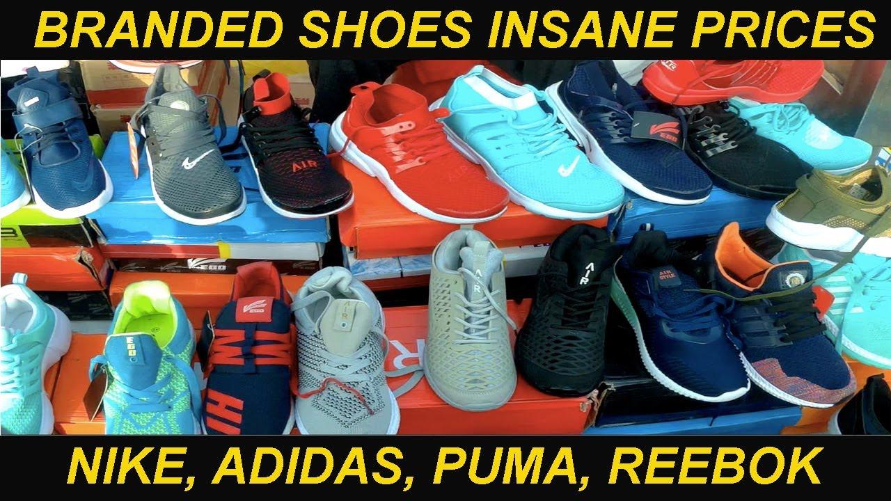 VikVlogs #19??Chor Bazaar Delhi totally explored| Branded Shoes Cheap Prices|  Nike, Adidas, Puma????