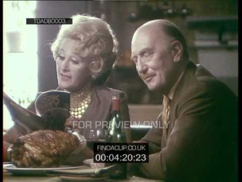 TDADB0003 Fanny And Johnnie Cradock Cookery Programme No1 (1970)