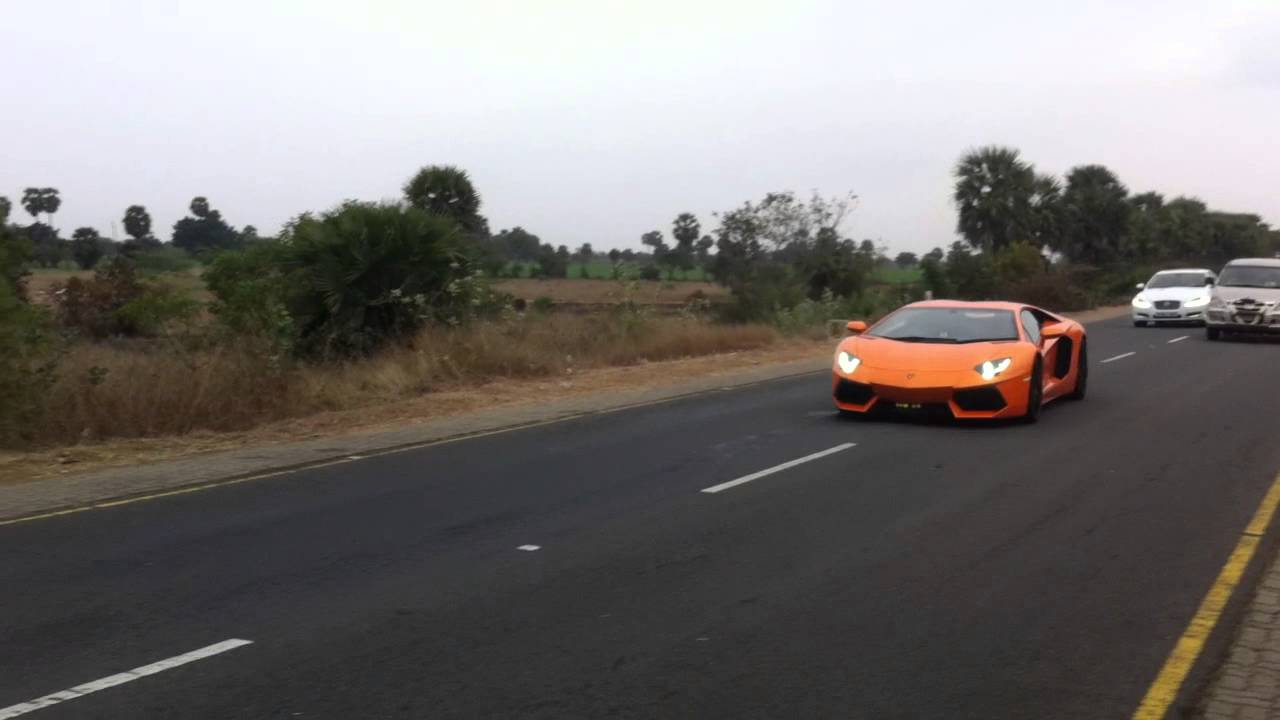Lamborghini Aventador And Audi Cruising In Ecr