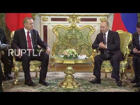 Russia: Putin meets with Erdogan in Moscow amid restoration of Turkey ties
