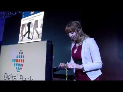 Digital Bank Bogotá 2017 - Presentación BadgeHeroes