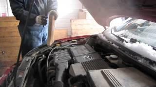 Замена воздушного фильтра Mazda 3 1,6
