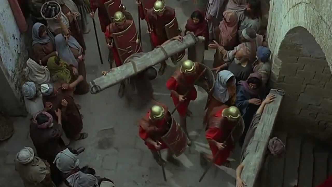 jesus jesus carries his cross via dolorosa youtube