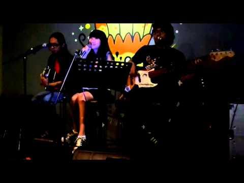 First Rabbit - Rachel Florencia - Accoustic Live (10/08/14 @ FatBack Cafe)