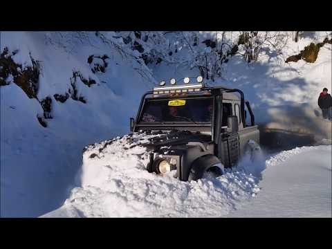 Land Rover Defender 90 TDI snow vehicle - Çotanak Off Road Tirebolu köylerinde Kar küreme