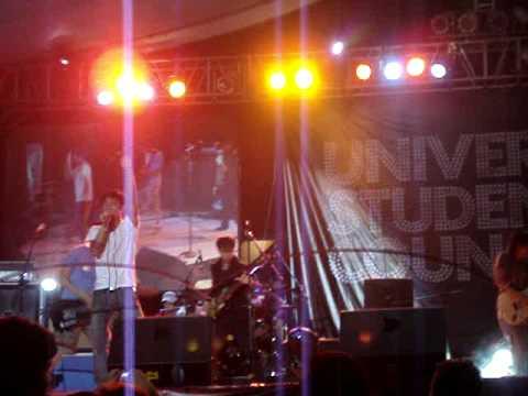 Giniling Festival - holdap (UP Fair 2009)
