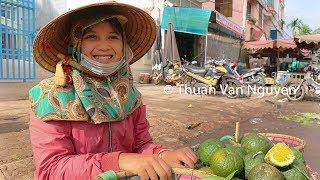 Vietnam || Pleiku Market || Gia Lai Province