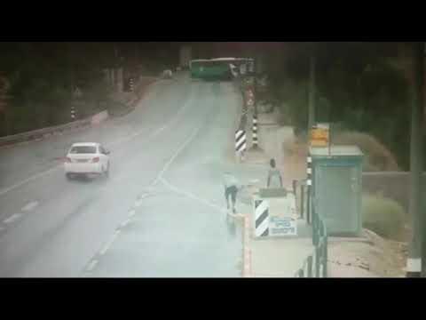 תיעוד מהתאונה הקטלנית בין אוטובוס למשאית בצומת פצאל