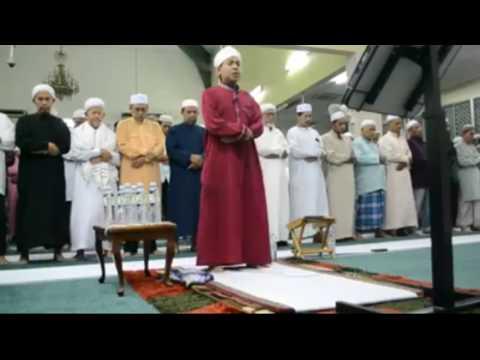ustaz Nafis ~Surah Al Qalam Bacaan Dalam Sembahyang[MERDU!!]