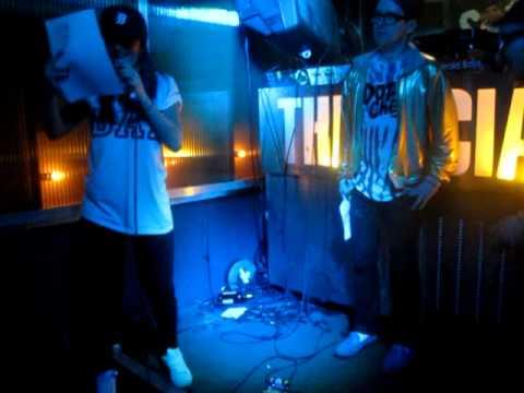 """Rob Base & DJ EZ Rock """"It Takes Two""""... Siam @HipHopKaraoke"""