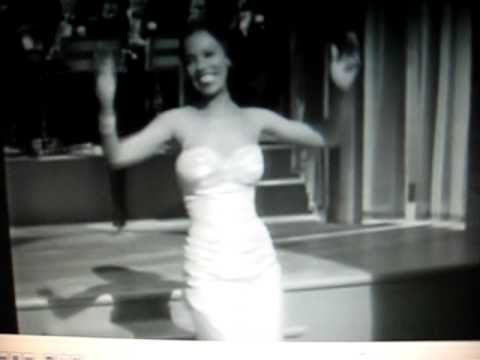 Dorothy Dandridge – at Velvet Niteclub (1953)
