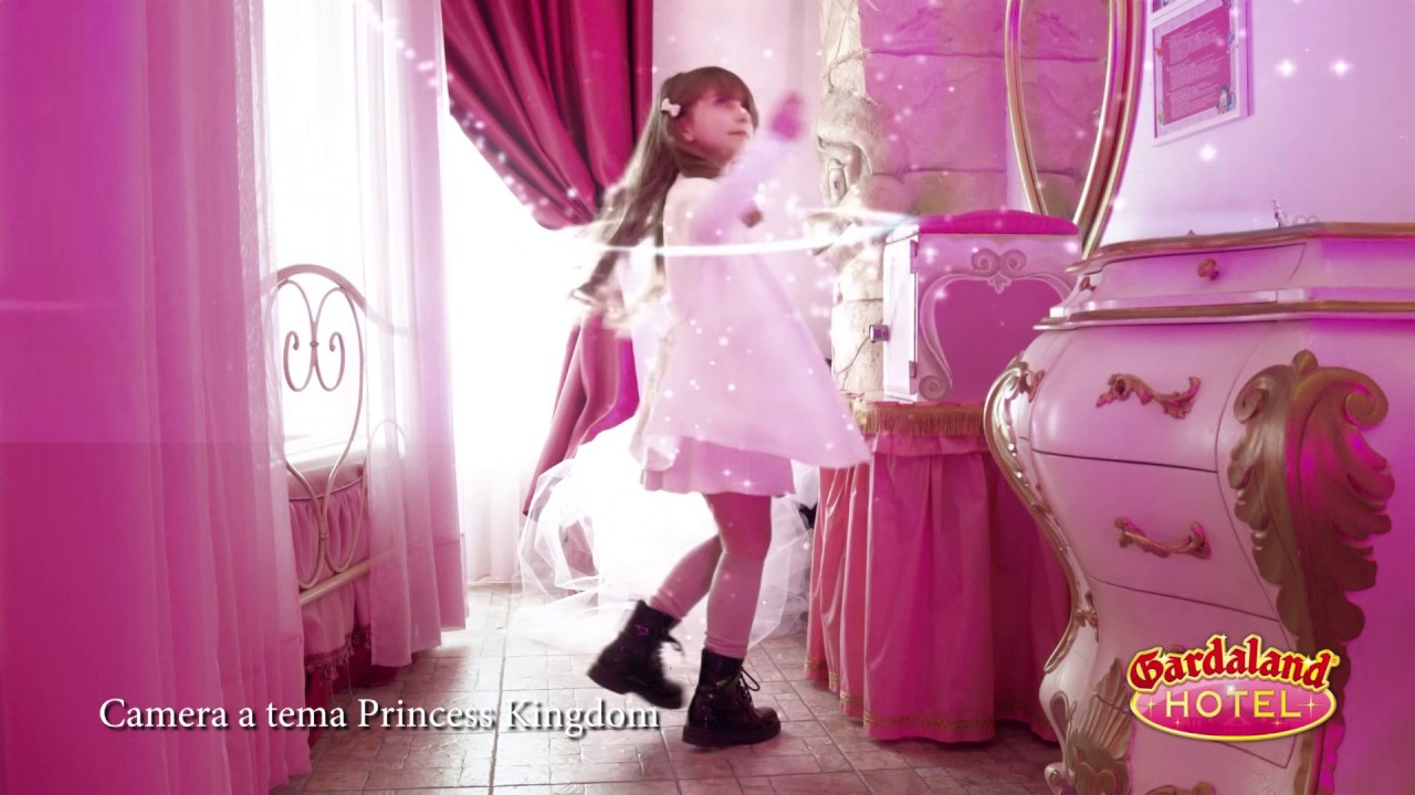 Camera a tema princess kingdom gardaland hotel youtube - Camera a tema ...
