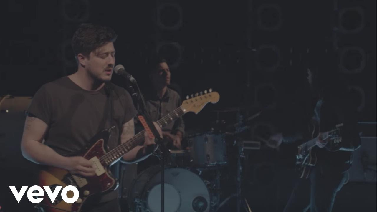 mumford-sons-tompkins-square-park-live-mumfordandsonsvevo