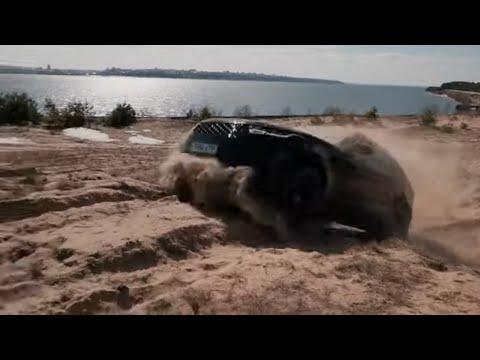Range Rover Velar on OFFROAD VS VW TOUAREG 2019