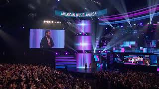 Video Jared Leto awards Bruno Mars with 'Artist of the Year' at the 2017 AMAs download MP3, 3GP, MP4, WEBM, AVI, FLV November 2017