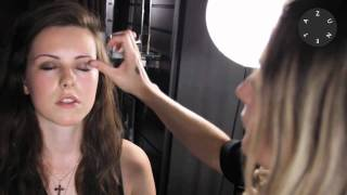 Zuneta presents BECCA ¬ Eye Tint Shade Swatches