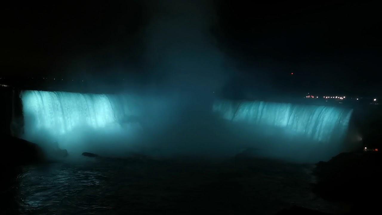 Cataratas del Niágara - espectáculo de luces
