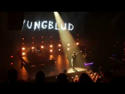 yungblud-with-i-love-you,-will-you-marry-me-@utrecht-(26.10.2019)