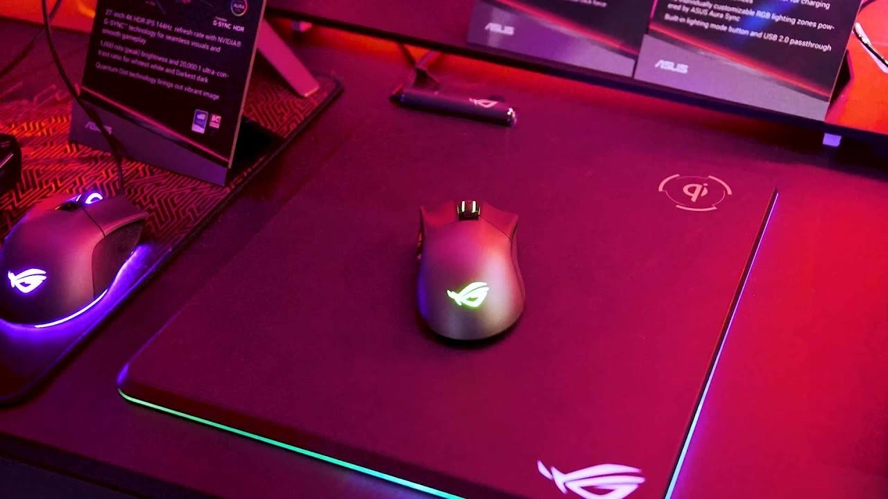 ROG BALTEUS charging mouse pad