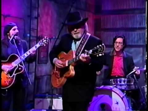 Duane Eddy - Rebel Rouser + Instrumental & interview [1-18-94]