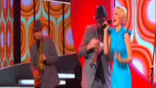 [SERBIA Eurosong 2011] Nina - Caroban