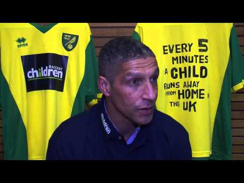 Norwich City manager Chris Hughton supports Railway Children outreach project