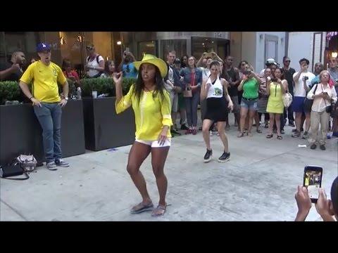 BRAZILIAN BLACK GIRL DOES A BRAZILIAN STREET SAMBA PUNTA DANCE AT BRAZIL DAY NYC 2016