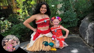 Moana's twin brings Hei Hei to Moana! | Plus Pixar Pal meet & greet! | Disneyland vlog #99
