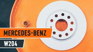 Kaip pakeisti galiniai stabdžių diskai ir stabdžių kaladėlės MERCEDES-BENZ C W204 PAMOKA | AUTODOC