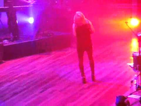 Ellie Goulding Without Your Love @ Ryman